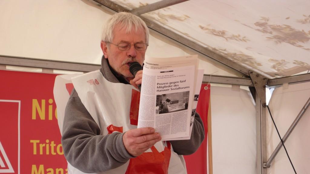 Lesung beim Warnstreik bei einer SiemensTochter in Offenbach